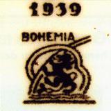 Чёрное подглазурное клеймо Bohemia со львом и обозначением года (1939)